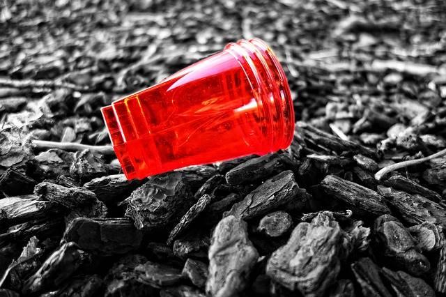 Parlemen Uni Eropa Mengesahkan Pelarangan Plastik Sekali Pakai