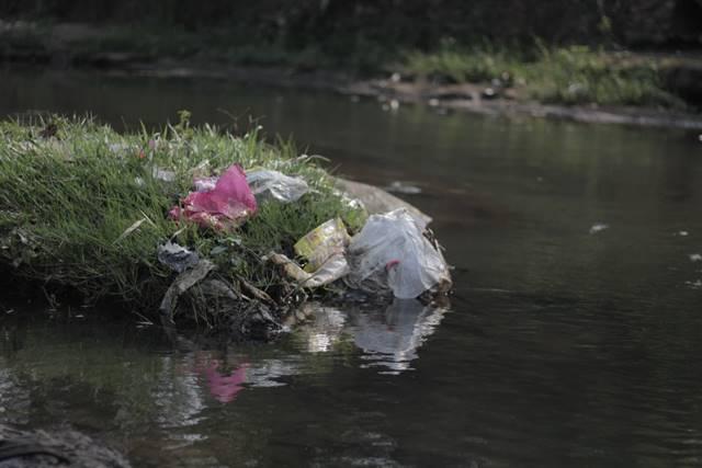 Manfaat-Sungai-Bagi-Kehidupan-Manusia-A